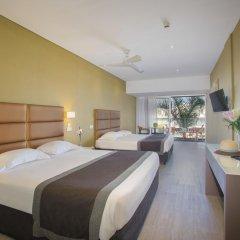 Отель Faros 3* Стандартный семейный номер с двуспальной кроватью фото 4