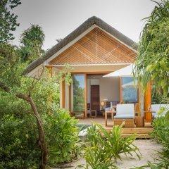 Отель Kudafushi Resort and Spa вид на фасад фото 2