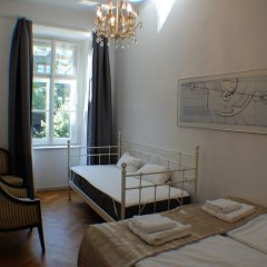 Апартаменты Kunsthaus Apartments Вена комната для гостей фото 2