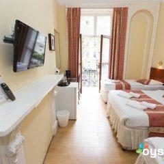 Dolphin Hotel 3* Стандартный семейный номер с двуспальной кроватью фото 16