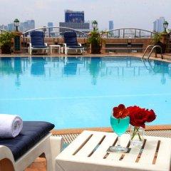 Отель Royal Suite Residence Boutique Бангкок бассейн
