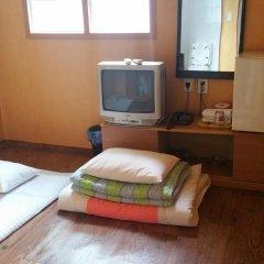 Отель Gyerim Guest House 2* Стандартный номер с двуспальной кроватью фото 24