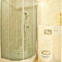Отель Hanunu Hostel Польша, Варшава - отзывы, цены и фото номеров - забронировать отель Hanunu Hostel онлайн ванная