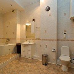 Гостиница Neva Flats On Ruzovskaya ванная