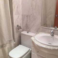 Отель Calafell Sant Antoni ванная фото 2