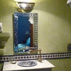 Отель Riad Mimouna Марокко, Марракеш - отзывы, цены и фото номеров - забронировать отель Riad Mimouna онлайн ванная фото 2