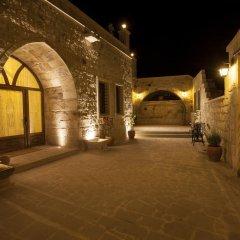 Отель Kayakapi Premium Caves - Cappadocia 5* Стандартный номер с двуспальной кроватью фото 5