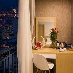 Love Nha Trang Hotel 3* Стандартный семейный номер с двуспальной кроватью фото 4