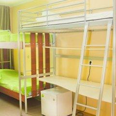 Хостел Миллениум Кровать в мужском общем номере с двухъярусными кроватями фото 5