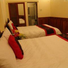 Hue Home Hotel 3* Улучшенный номер с 2 отдельными кроватями фото 6