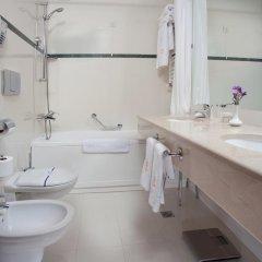 Гостиница Отрада 5* Стандартный номер на цокольном этаже с двуспальной кроватью