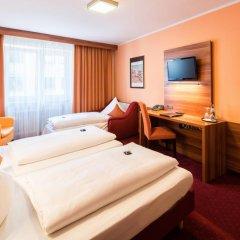 Hotel Isartor 3* Стандартный семейный номер с двуспальной кроватью фото 3