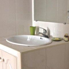 Отель Akisol Vilamoura Gold Португалия, Виламура - отзывы, цены и фото номеров - забронировать отель Akisol Vilamoura Gold онлайн ванная фото 2