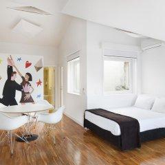 Апартаменты Hello Lisbon Bairro Alto Apartments комната для гостей фото 3
