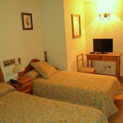 Hotel Anglada 2* Стандартный номер с разными типами кроватей фото 11