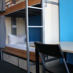 Отель St Christophers Inn Berlin Кровать в общем номере с двухъярусной кроватью фото 11