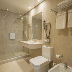 Отель NH Lisboa Campo Grande Стандартный номер с различными типами кроватей