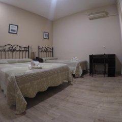 Отель Hostal El Pilar Стандартный номер с двуспальной кроватью фото 25