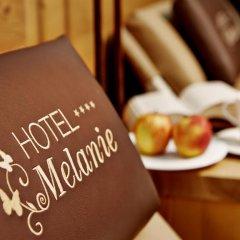 Hotel Garni Melanie в номере