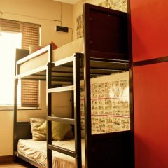 goStops Delhi (Stops Hostel Delhi) Кровать в общем номере с двухъярусной кроватью фото 17