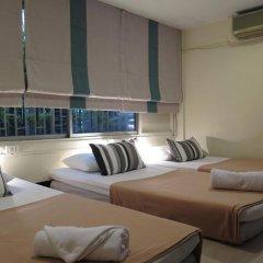 I-Sleep Silom Hostel Номер с общей ванной комнатой с различными типами кроватей (общая ванная комната) фото 4