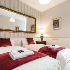 Отель Lovely And Chic Apt Next To Sagrada Familia сейф в номере