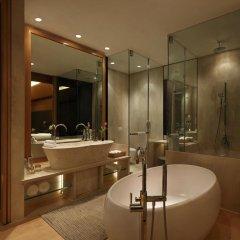 Отель The Roseate New Delhi 5* Номер категории Премиум с различными типами кроватей фото 2