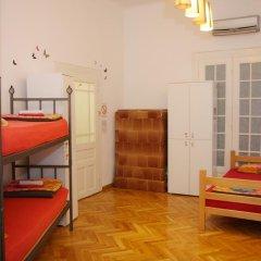 Time Hostel Кровать в общем номере с двухъярусной кроватью фото 6