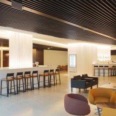 Отель Crowne Plaza Belgrade гостиничный бар