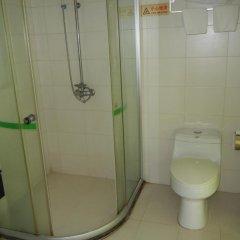Guangzhou Xinzhou Hotel 2* Стандартный номер с различными типами кроватей фото 4