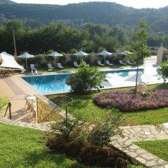 Отель Paradise Inn бассейн