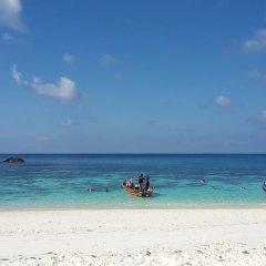Отель Seaside Chalet пляж фото 2
