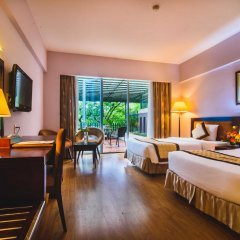 Mondial Hotel Hue 4* Номер Делюкс с различными типами кроватей фото 11