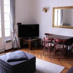 Апартаменты Mithouard Apartment комната для гостей фото 2