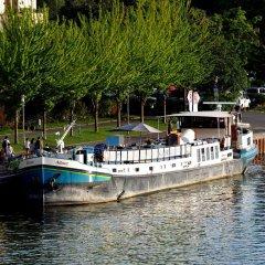 Отель Hotelboat Allure Нидерланды, Амстердам - отзывы, цены и фото номеров - забронировать отель Hotelboat Allure онлайн приотельная территория фото 2