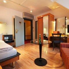 Hotel Nestroy 4* Стандартный номер с различными типами кроватей фото 3