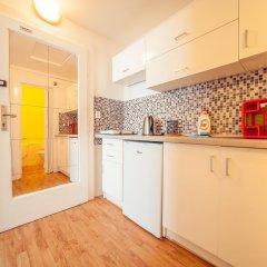 Апартаменты Bright Studio Kourimska в номере