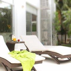 Отель White House @ Marina Phuket бассейн фото 2