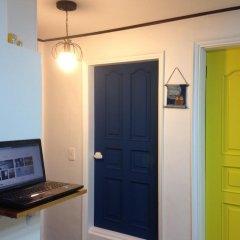 Owl Guesthouse - Hostel сейф в номере