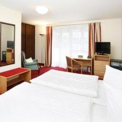 Hotel Biederstein am Englischen Garten 3* Стандартный номер с двуспальной кроватью фото 2