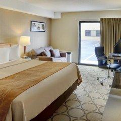 Отель Comfort Inn Kirkland Lake 2* Номер Бизнес с различными типами кроватей фото 5