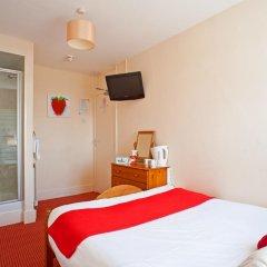 Отель Strawberry Fields 3* Стандартный номер с двуспальной кроватью (общая ванная комната) фото 2