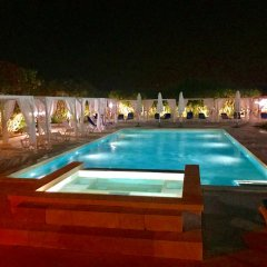 Отель Relais Casina Dei Cari Пресичче бассейн