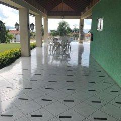 Отель Mango Walk Country Club Suites фото 3