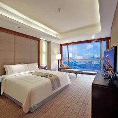 Grand Skylight International Hotel Shenzhen Guanlan Avenue 5* Улучшенный номер с различными типами кроватей