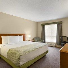Отель Colonial Square Inn & Suites 2* Номер Бизнес разные типы кроватей фото 4