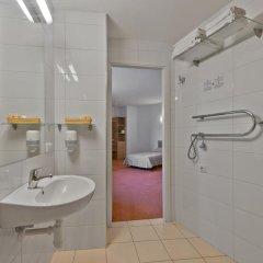 Green Vilnius Hotel 3* Стандартный номер с двуспальной кроватью фото 5