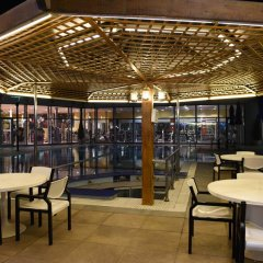 Отель Holiday Inn Kuwait гостиничный бар фото 2