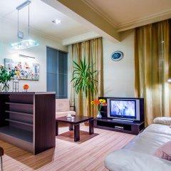 Отель Khreshchatyk Suites Киев комната для гостей