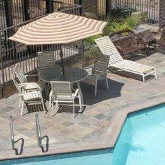 Отель GreenTree Pasadena Inn США, Пасадена - отзывы, цены и фото номеров - забронировать отель GreenTree Pasadena Inn онлайн бассейн фото 2
